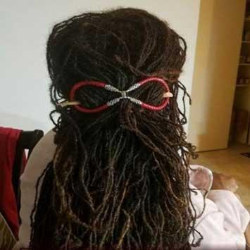 woman-with-beautiful-long-sisterlocks-hairstyle